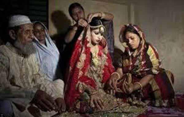 ازدواج اجباری دختر زیبا با پیرمرد 75 ساله (عکس)