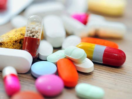 شناسایی داروهای متضاد و عارضه جانبی دارو ها