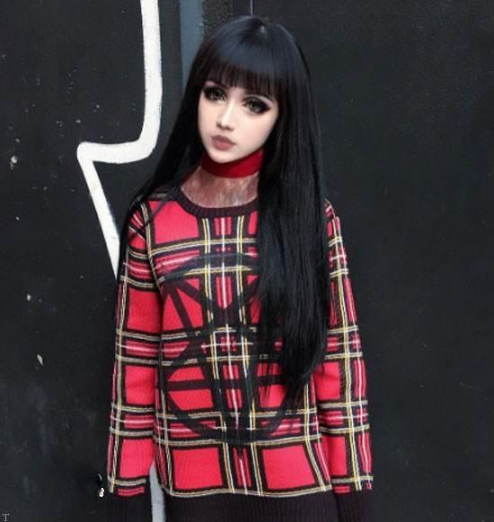 دختر شبیه عروسک چینی با آرایش خاص (عکس)