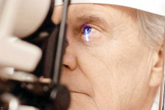 عوامل زمینهساز خشکی چشم در سالمندان