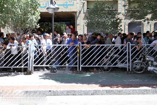 حادثه آتش سوزی هتل در حال احداث در مشهد
