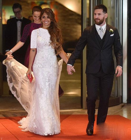 مراسم باشکوه ازدواج لیونل مسی و همسرش آنتونلا (عکس)