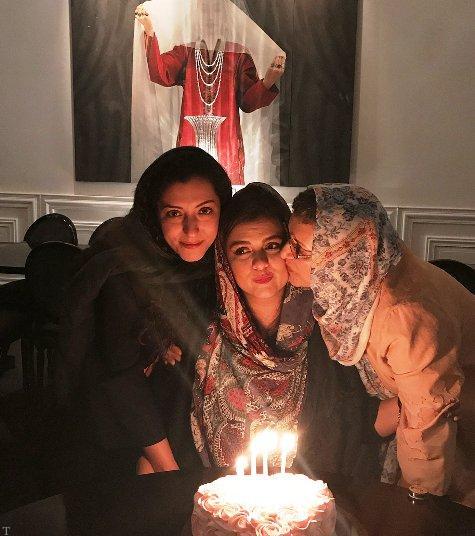 تصاویری از تولد دنیا دختر رویا تیموریان با حضور بازیگران