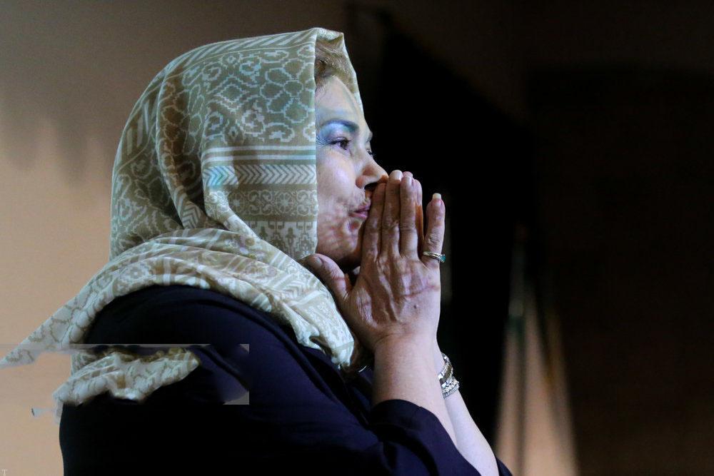 سالروز تولد 60 سالگی مهرانه مهین ترابی (عکس)