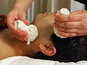 سلامت پوست با ماساژ تایلندی