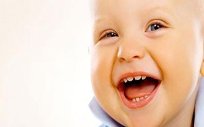 چه زمانی کودکان باید مسواک بزنند