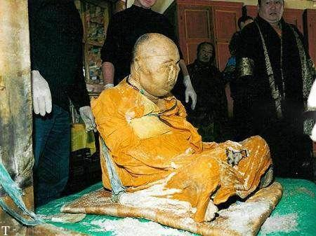 معرفی انسان های عجیب در جهان که مومیایی شدند (عکس)