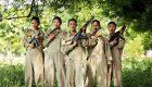 تصاویری از دختران جوان هندی در خدمت سخت سربازی