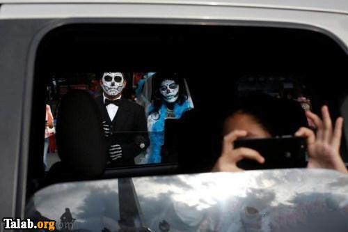 حضور زنان جوان در خیابان برای فستیوال هالووین (عکس)