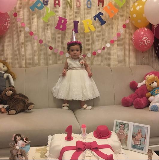 تصاویری از جشن تولد گندم نامداری دختر آزاده نامداری