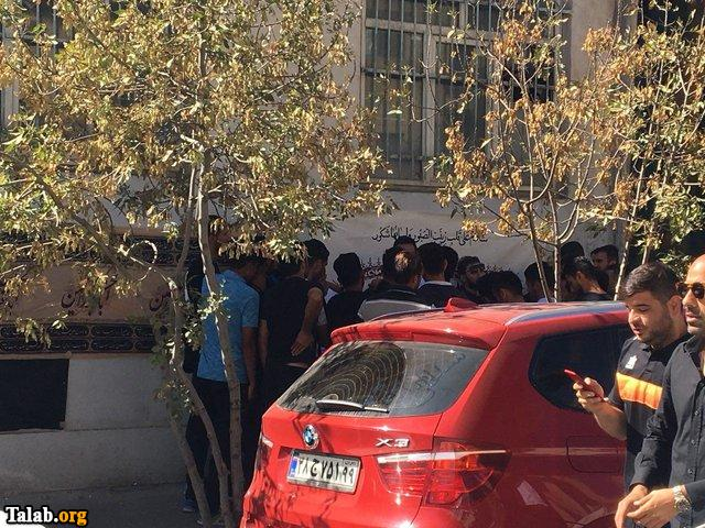 نفت تهران و علی کریمی در پشت درهای بسته ورزشگاه (عکس)
