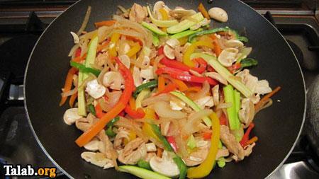 خوراک سبزیجات یک غذای خوشمزه و تضمین کننده سلامت
