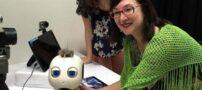 آموزش زبان انگلیسی به کودکان توسط یک ربات حرفه ای