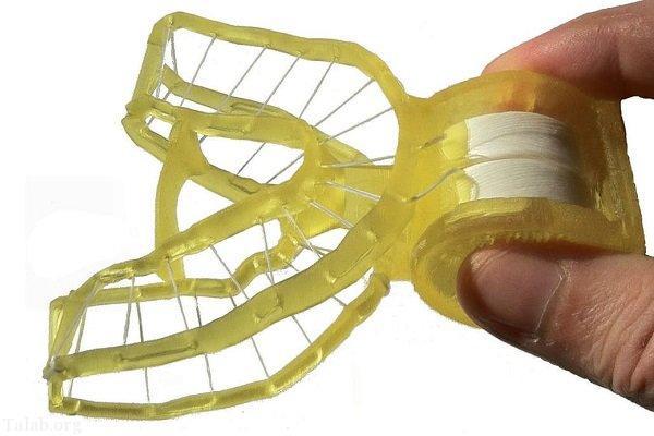 اختراع نخ دندان سه بعدی در یک قالب پلاستیکی