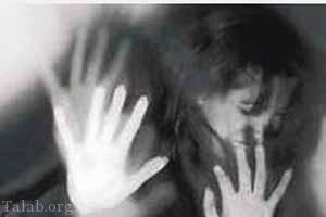 تجاوز جنسی دو مرد شیطان صفت به زن جوان جلوی شوهرش