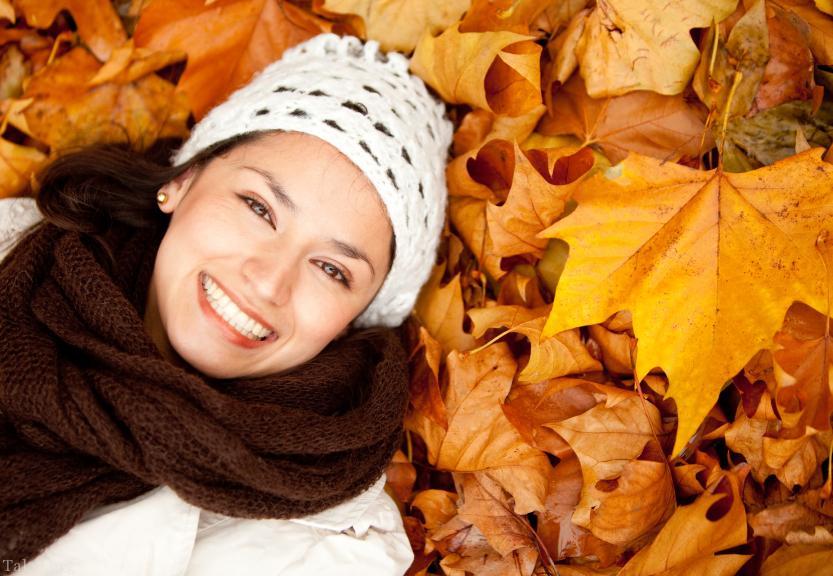 چرا در فصل پاییز پوست صورت خشک میشود ؟