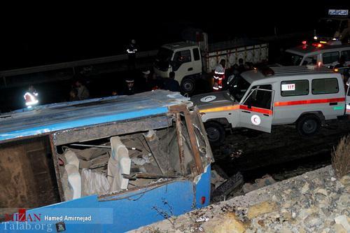 تصاویری از تصادف مرگبار اتوبوس مسافربری در جاده سواد کوه
