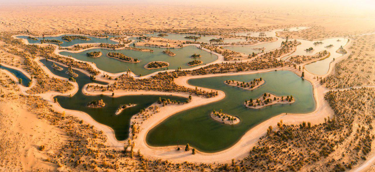 حواشی دریاچه های مصنوعی در دبی امارات