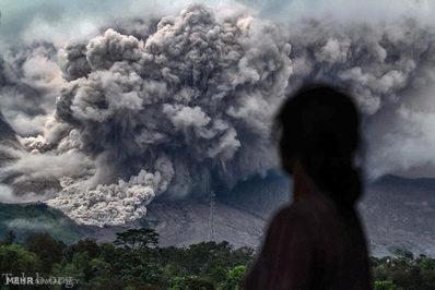 تصاویری از فعال شدن کوه های آتشفشان در سال 2017