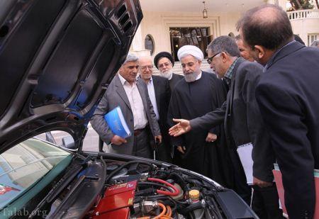 حسن روحانی پشت فرمان رانا برقی برای اولین بار در ایران (+تصاویر)