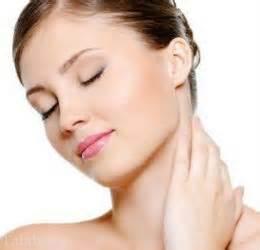 6 نکته کلیدی در مورد مراقبت از پوست نازک گردن