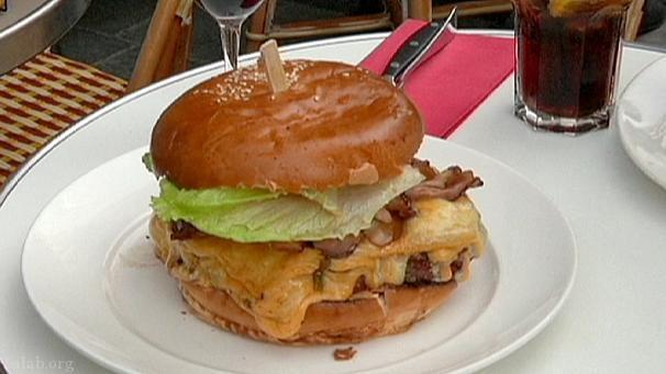همبرگر فرانسوی یک فست فود عالی