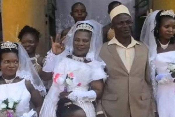 ازدواج مرد 50 ساله با سه دختر باکره (عکس)