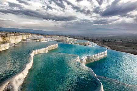 مکان یخی و قطبی زیبا پاموکاله در ترکیه