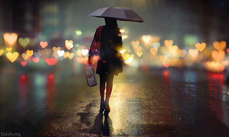 عکس دختری تنها در باران