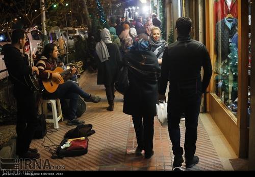 جشن کریسمس در خیابان های تهران (+تصاویر)