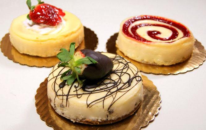 علت دوست داشتن خوراکی های شیرین