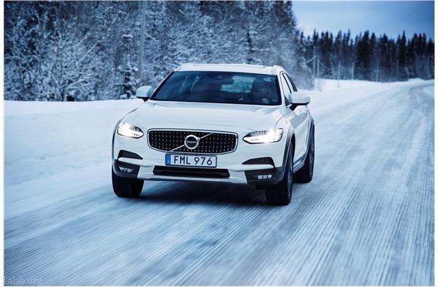 10 نمونه از بهترین خودروهای زمستانی و برفی 2018