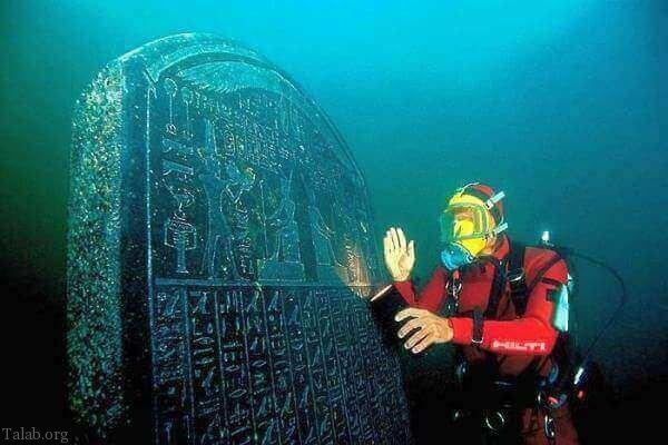 10 راز عجیب و غریب و باورنکردنی تاریخ (حقایق تاریخ + عکس)