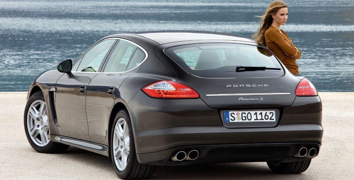 16 اتومبیل محبوب زنان در سال 2018 (+ خودروهای زیبای زنانه)
