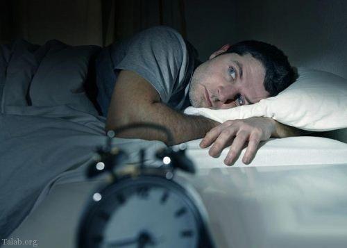 لخت خوابیدن زن و شوهر (20 مزایای برهنه خوابیدن زوج ها)