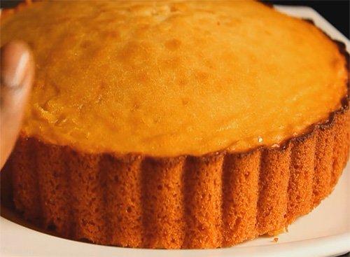 آموزش تصویری پخت کیک اسفنجی ساده در کمتر از 10 دقیقه