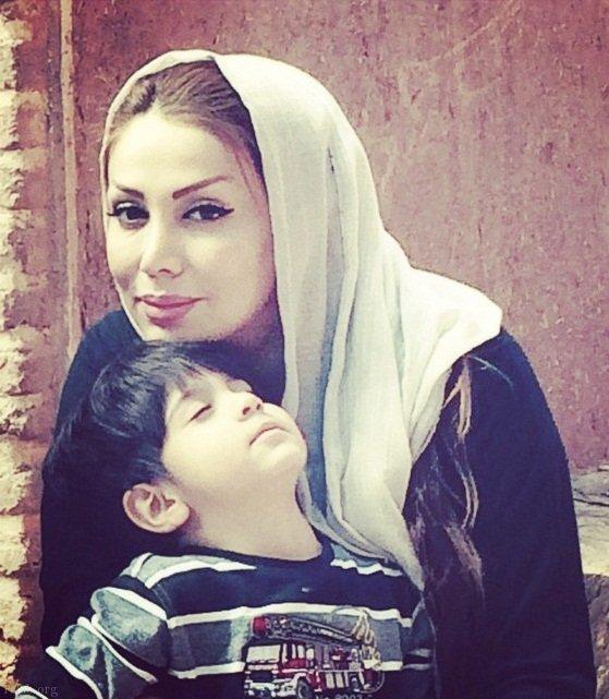 بیوگرافی کامل محسن چاوشی + تصاویر همسر محسن چاوشی و فرزندش