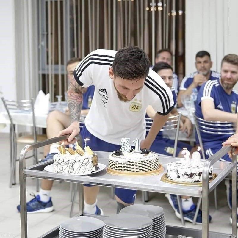 کیک تولد جالب لیونل مسی در جام جهانی 2018 روسیه (عکس)