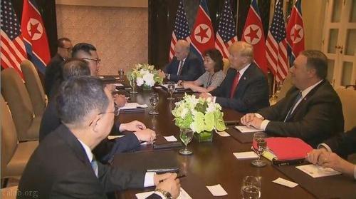 دیدار تاریخی رهبران آمریکا و کره شمالی در سنگاپور (+ فیلم)