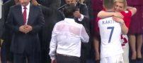 لحظه بغل کردن رئیس جمهور کرواسی در جام جهانی 2018 + عکس