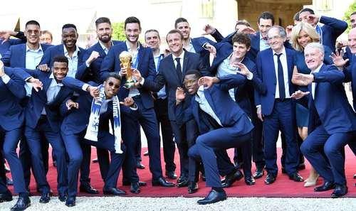 تصاویر جشن قهرمانی جام جهانی فرانسه در پاریس و کاخ الیزه