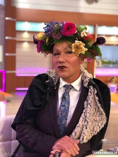 شوخی با ریحانا خواننده مشهور آمریکایی بدلیل آرایش عجیب (عکس)