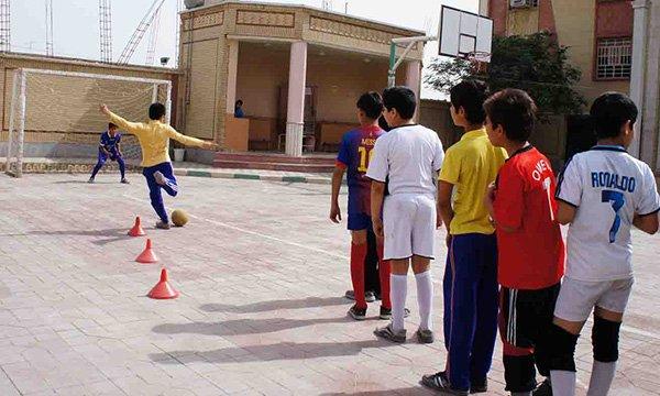 رفتار با دانش آموز پرخاشگر | روش های کاهش پرخاشگری و خشونت کودک