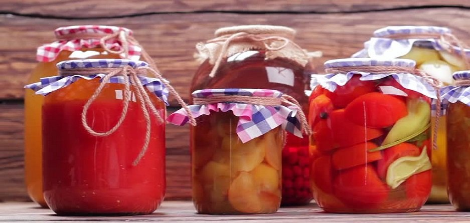 نقش مواد غذایی آماده مانند کنسرو و کمپوت در وعده های غذایی
