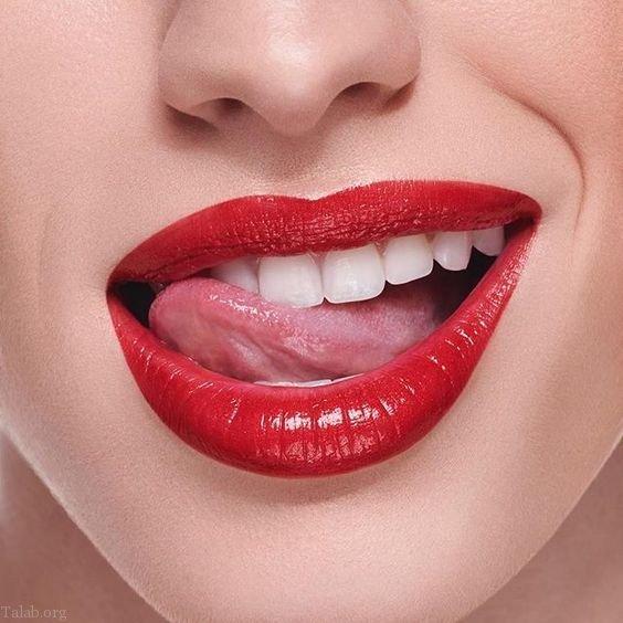 روش درمان ترک خوردگی لب + مدل آرایش لب با رژ
