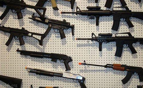 تعبیر خواب اسلحه | تعبیر خواب تفنگ و تیر اندازی با تفنگ