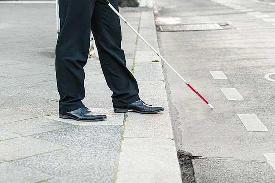 نکاتی مهم درباره نابینایان و کم بینایان (عصای سفید)