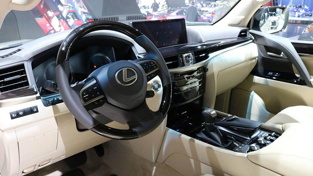 لکسوس LX570 2013 گران ترین خودروی شاسی بلند ایران «مشخصات»