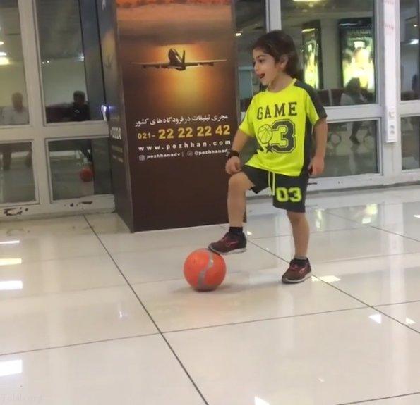 آرات حسینی قصد دارد بهترین بازیکن فوتبال جهان شود (عکس)