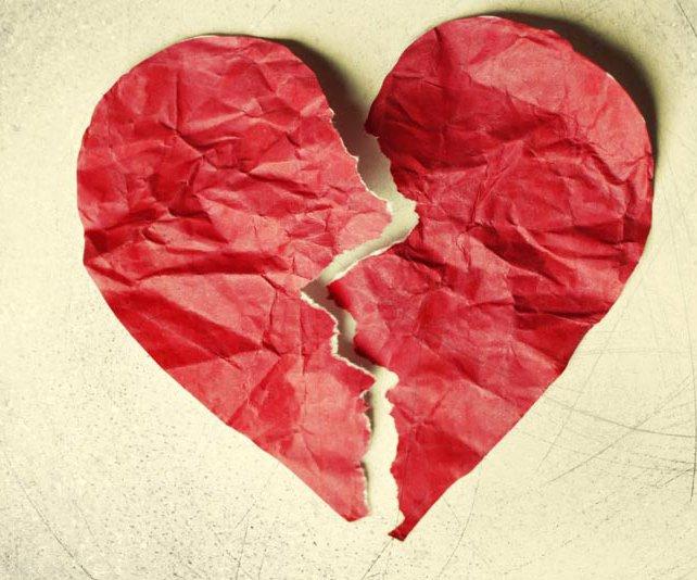 نشانه های خیانت در روابط عاشقانه | نشانههای خیانت در رابطه
